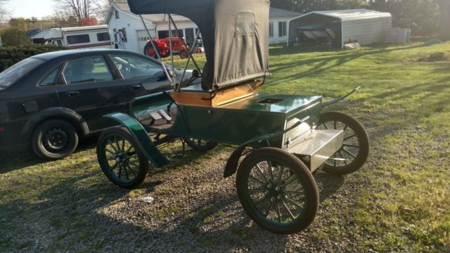 1903 oldsmobile surrey replica made in canton ohio in 1958 through 1959. Black Bedroom Furniture Sets. Home Design Ideas