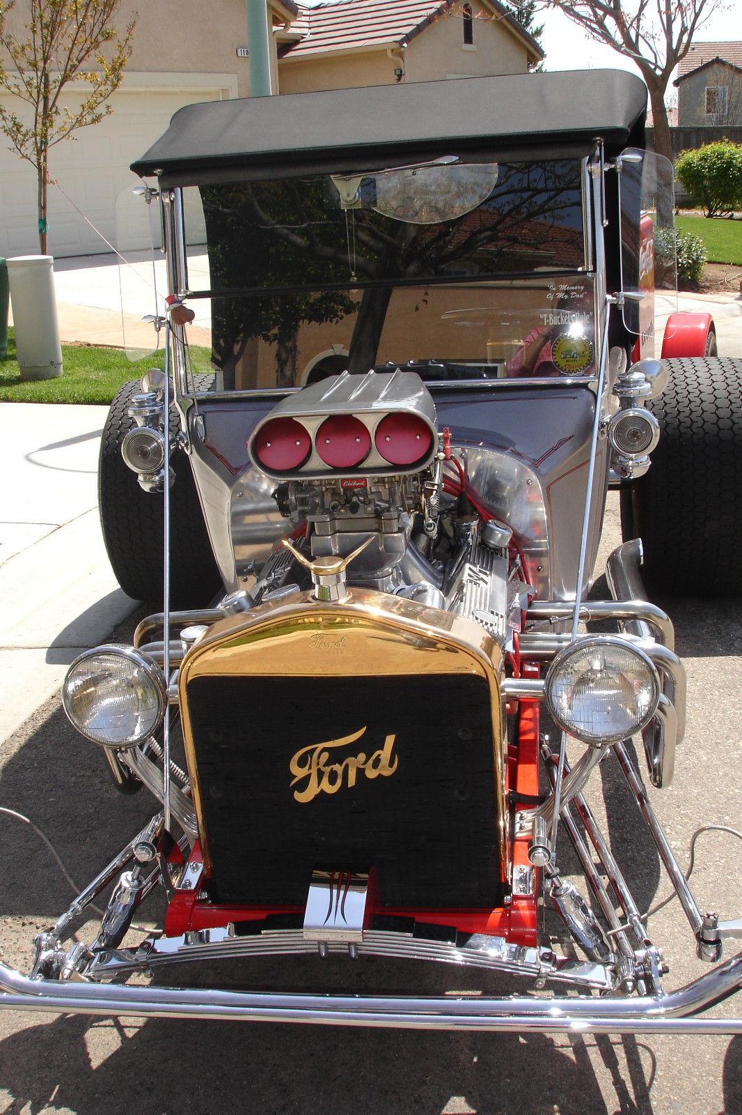 Ford Fiberglass T Bucket With Coca Cola Trailer