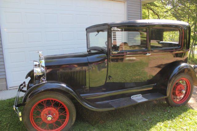 1929 ford model a tudor car vehicle antique classic rebuilt engine original body. Black Bedroom Furniture Sets. Home Design Ideas