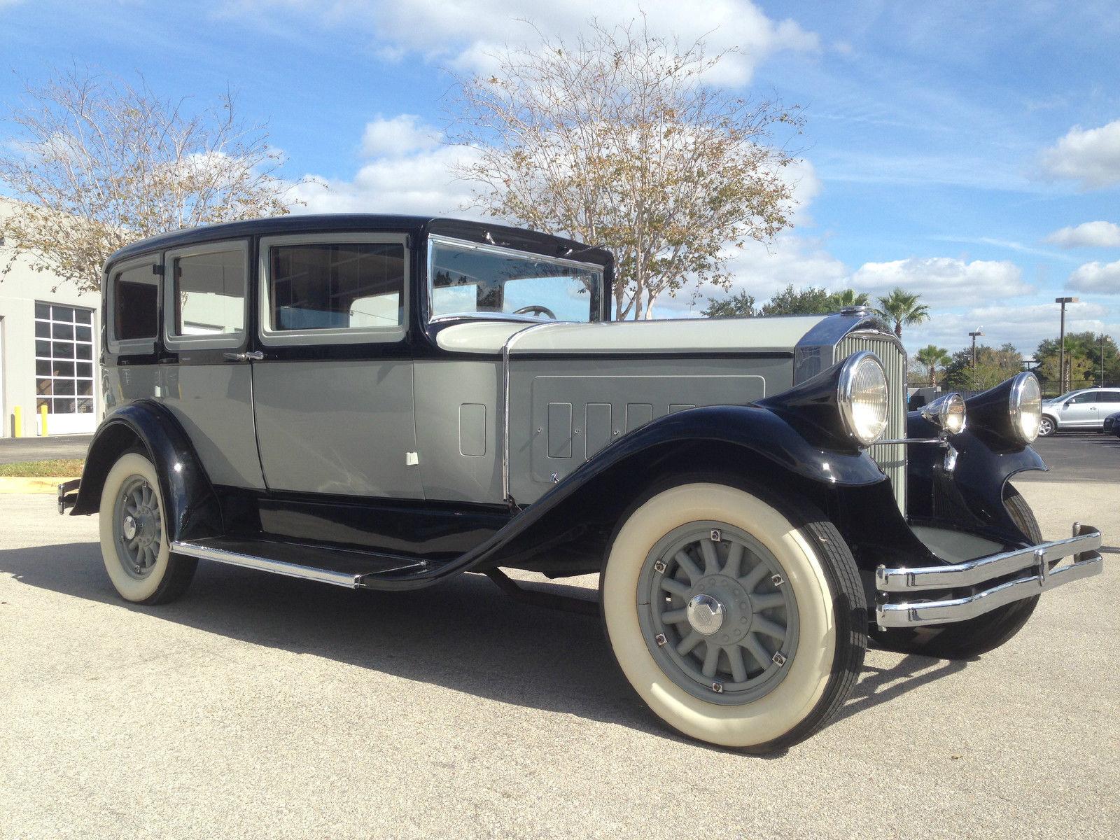1929 Pierce Arrow 133 Hard Top Sedan 7 Passenger 8