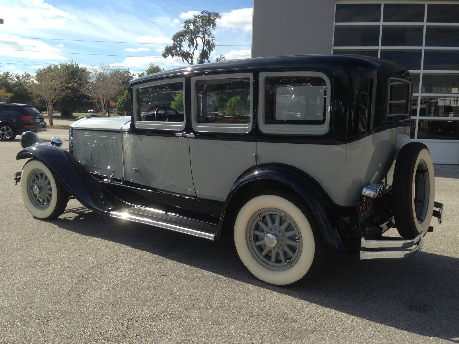 1929 Pierce Arrow 133 Hard Top Sedan 7 Passenger 8