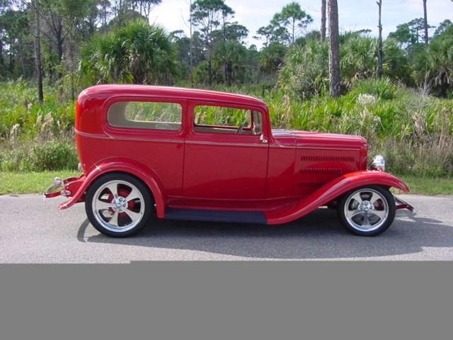 1932 ford 2 door sedan street rod for 1932 ford 2 door coupe