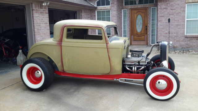 1932 ford 3 window coupe steel body pete and jakes chassis
