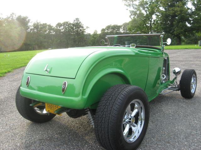 1932 ford highboy roadster hot rod street rod. Black Bedroom Furniture Sets. Home Design Ideas