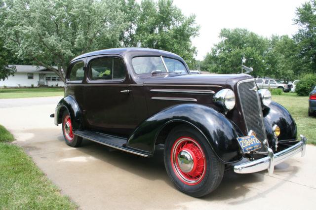 1935 chevrolet master deluxe 2 dr sedan for 1935 chevy 2 door sedan