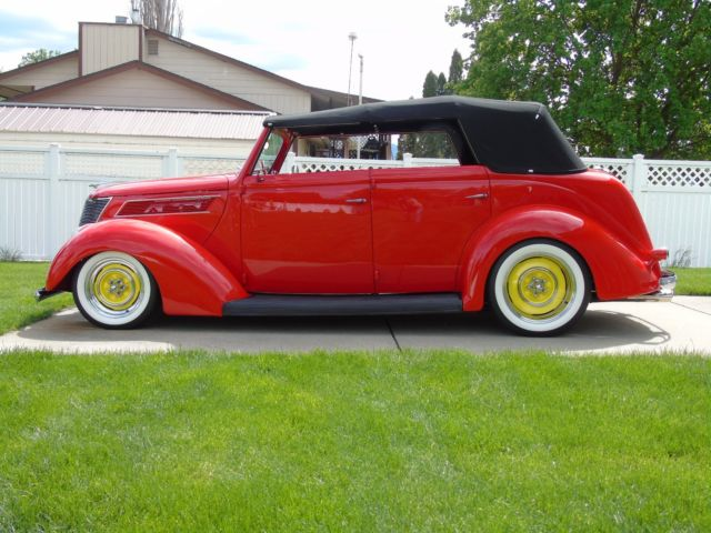 1937 ford four door sedan convertible steel street rod for 1937 ford four door