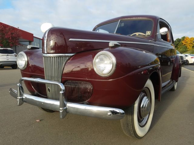 1941 ford super deluxe 2 door sedan red on red great for 1941 ford 4 door