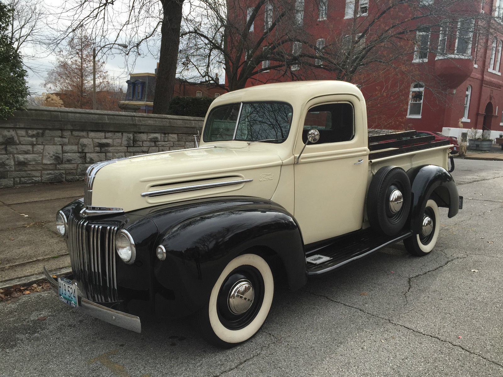1947 ford 1 2 ton pickup truck flathead rare fat fendered not ratrod traditional. Black Bedroom Furniture Sets. Home Design Ideas