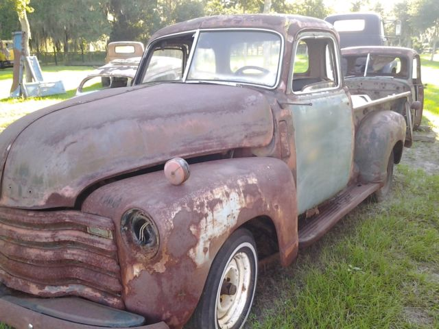 1949 Chevy 3100 Shortbed 5 Window Truck