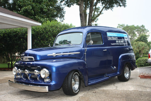 1952 ford f 1 panel truck with updated features. Black Bedroom Furniture Sets. Home Design Ideas