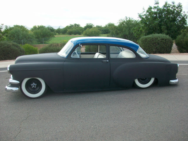 1954 Chevrolet 2 Door Sedan Air Bagged Mild Custom Chevy