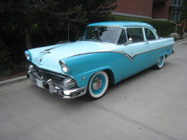 1955 55 Ford Fairlane Club Sedan