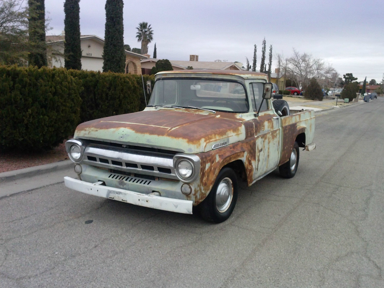1957 ford f100 farm truck short bed w nice patina for