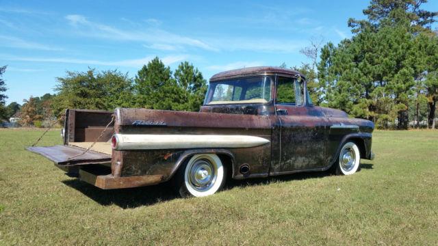 1958 Chevy Apache Fleetsite Pickup Patina