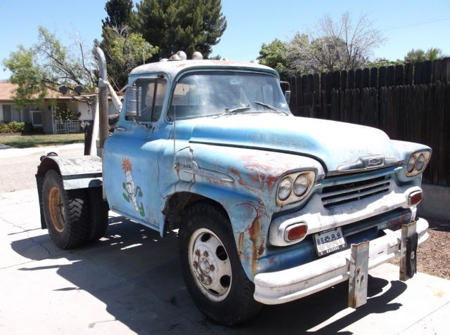 1958 Chevy Viking 60 Tow Truck
