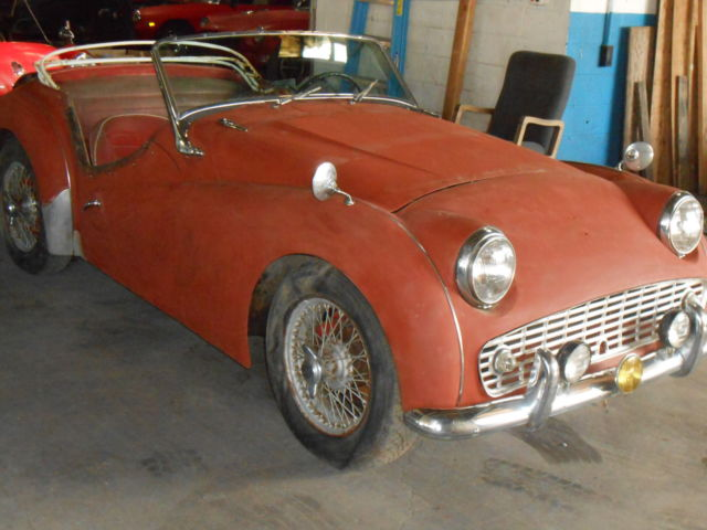 1958 Triumph Tr3a Project Car For Sale: 1958 TRIUMPH TR3 BARN FIND ,SOLID COMPLETE CAR ,MANY NEW