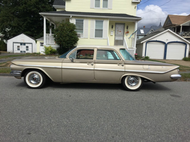 1961 Chevrolet Chevy Bel Air 4 Door Sedan