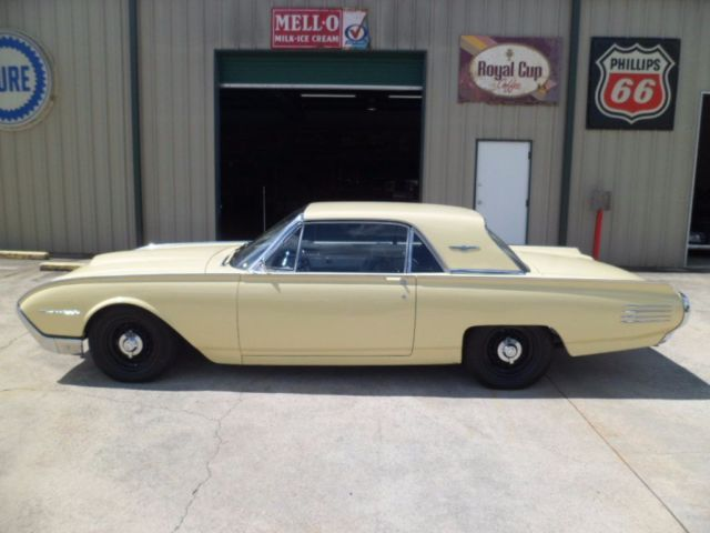 1961 Ford Thunderbird 0 Miles Yellow 390 Automatic