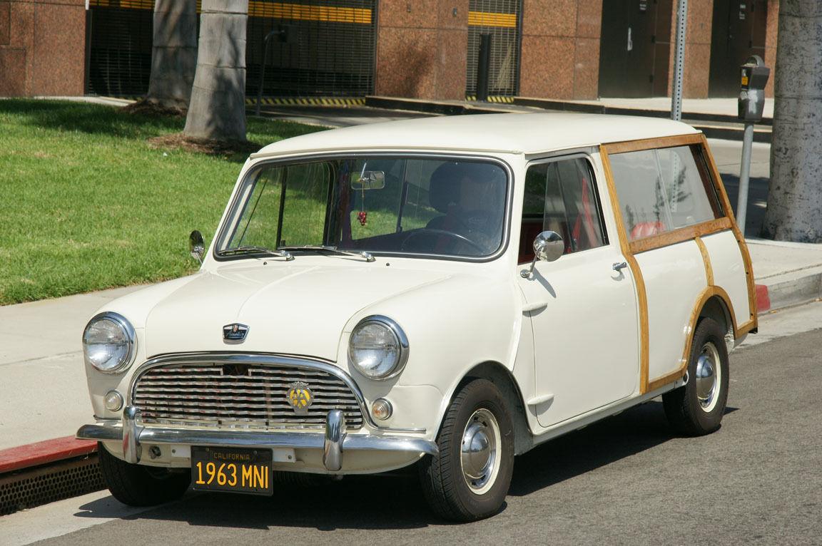 1963 austin mini countryman traveller woody wagon left hand drive. Black Bedroom Furniture Sets. Home Design Ideas