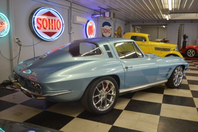 1964 corvette resto mod ls7 tremec 5 speed and a street. Black Bedroom Furniture Sets. Home Design Ideas