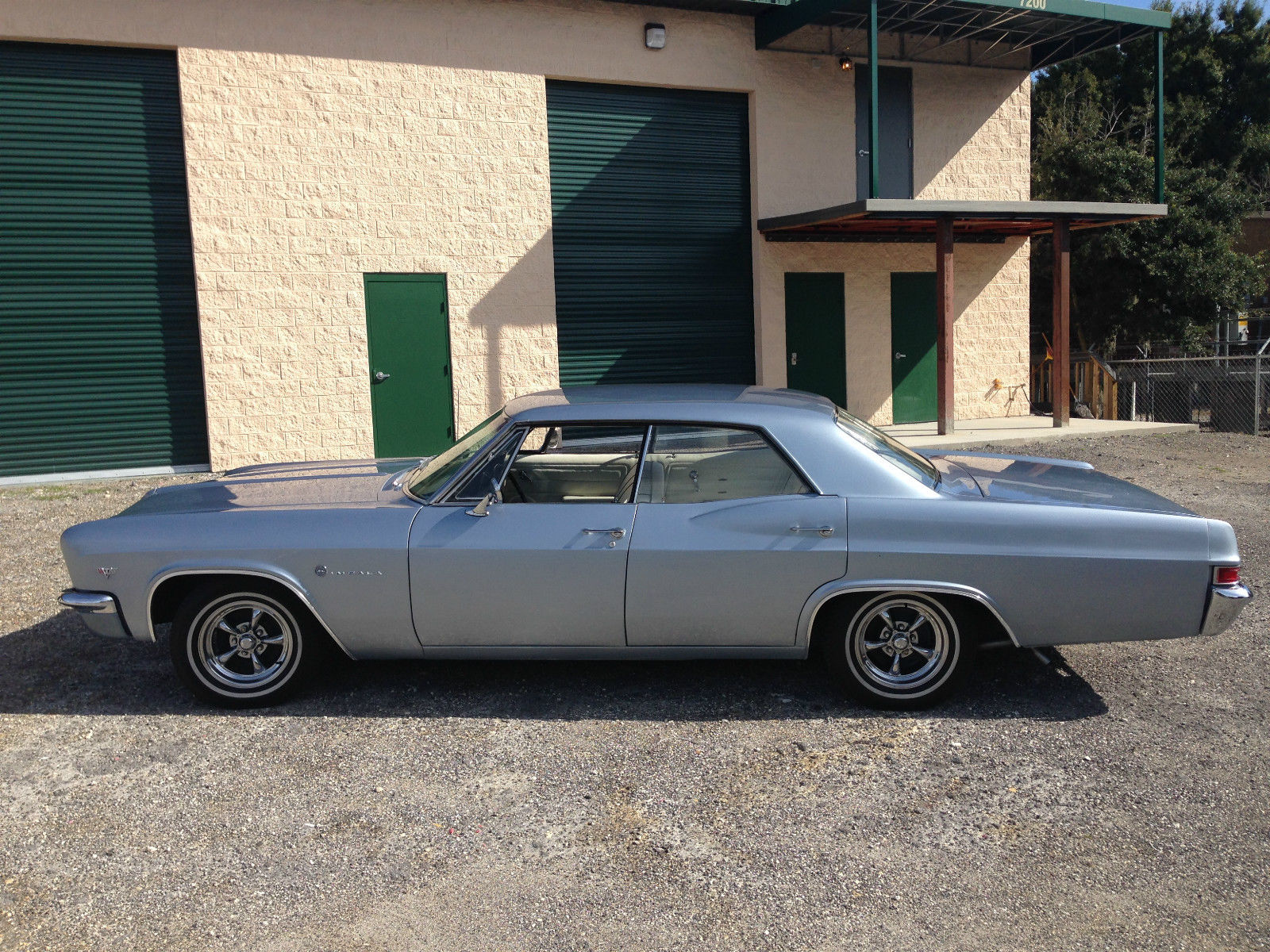 1966 chevy impala 4 door hardtop for sale in tampa florida united states. Black Bedroom Furniture Sets. Home Design Ideas
