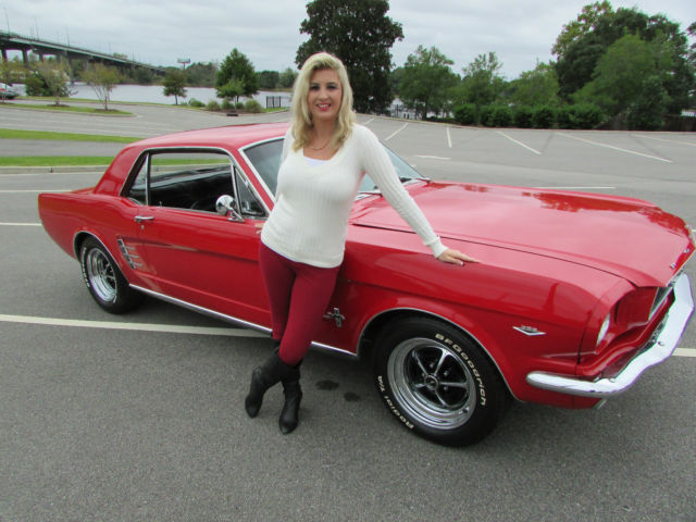 1966 Ford Mustang Coupe 289 V8 Automatic Magnum 500 S Red