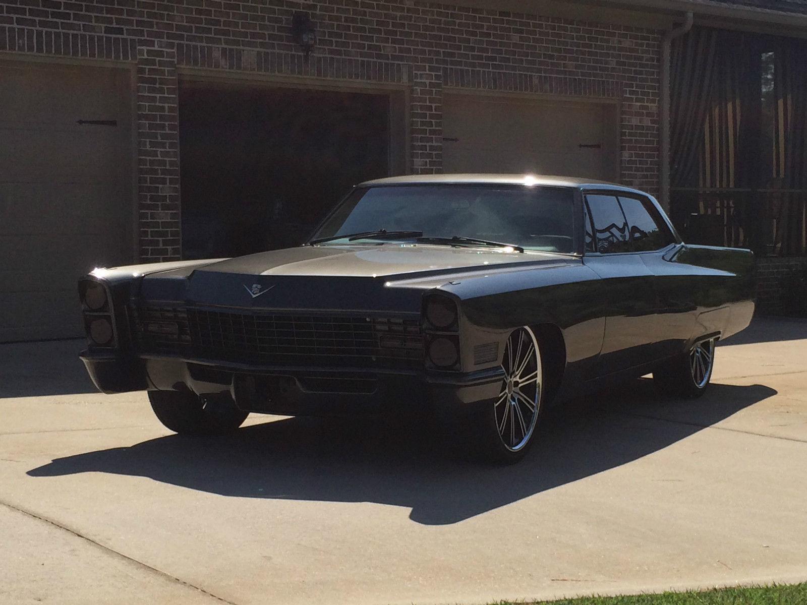 1967 Cadillac Deville Custom Hardtop 4