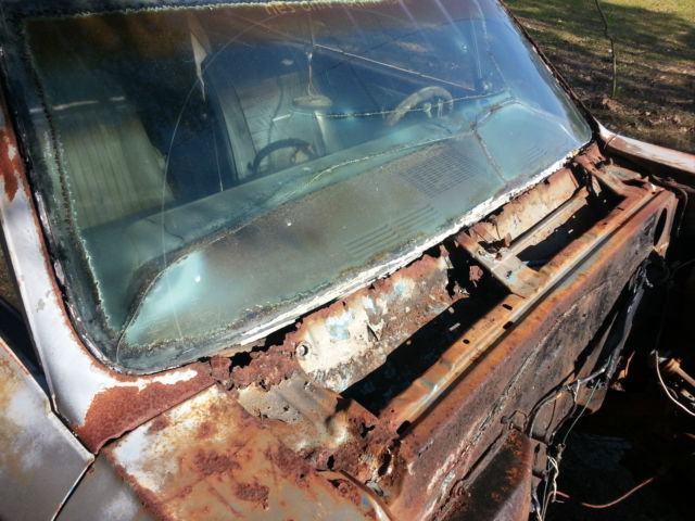 1967 CHEVY CHEVELLE SS 138 PROJECT 4 SPEED CONSOLE BUCKET SEATS