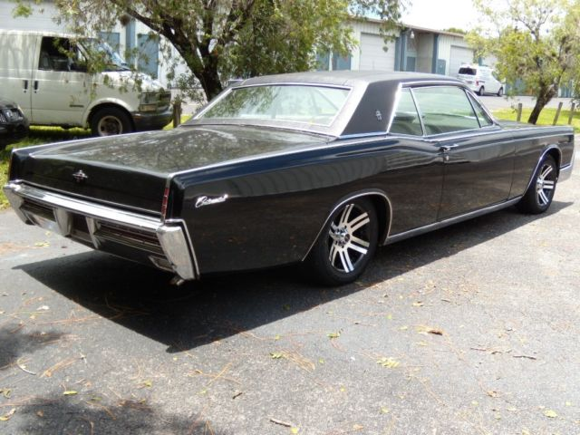 1967 lincoln continental 2 door hardtop coupe. Black Bedroom Furniture Sets. Home Design Ideas