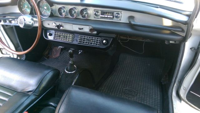 1967 VOLVO P1800 Factory AC 99% RUST FREE!!!!!