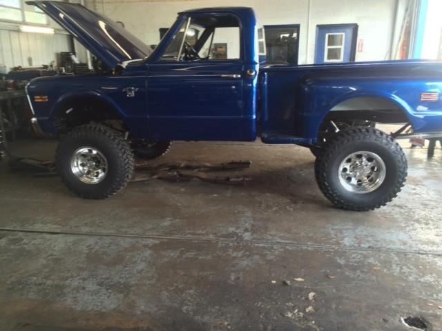 1968 Chevy K20 4x4 Stepside Lifted Truck
