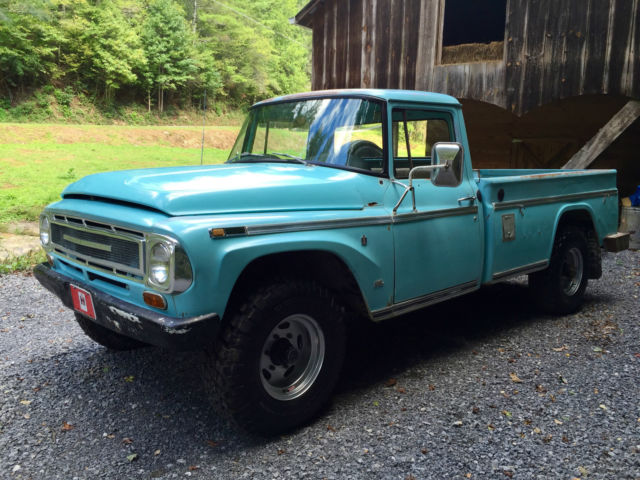 1968 International 1200C 4X4 Long Bed, 345 V8, GREAT CONDITION!