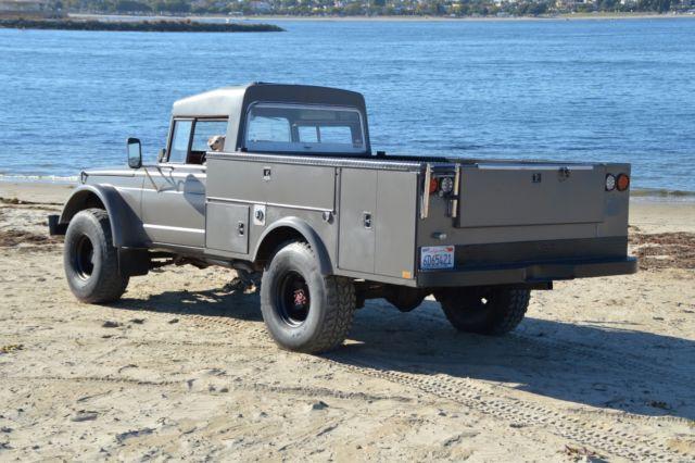1968 Jeep Kaiser M-715 Military Truck