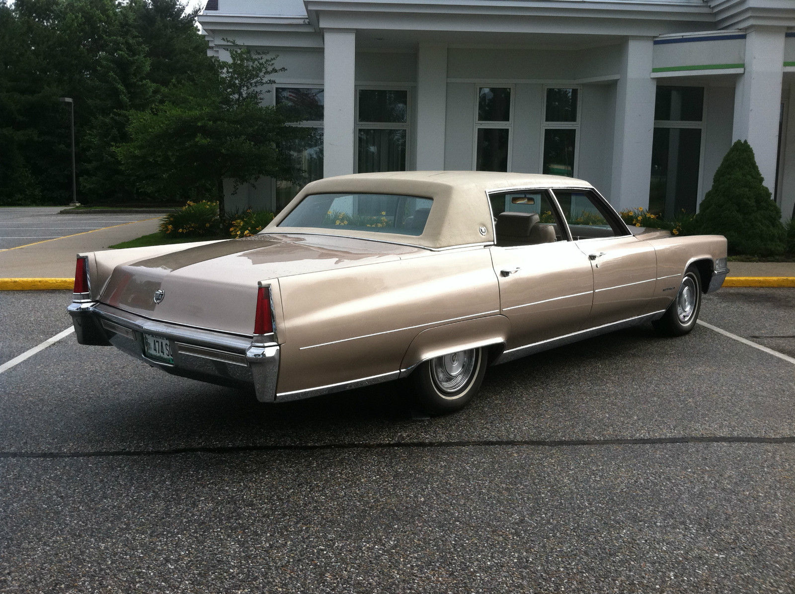 1969 cadillac fleetwood brougham 8924 original miles ernie clair 39 s personal car. Black Bedroom Furniture Sets. Home Design Ideas