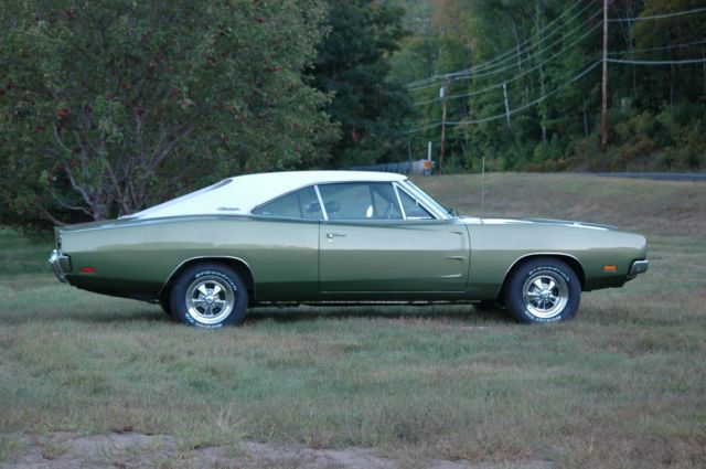 1969 Dodge Charger 383 Auto