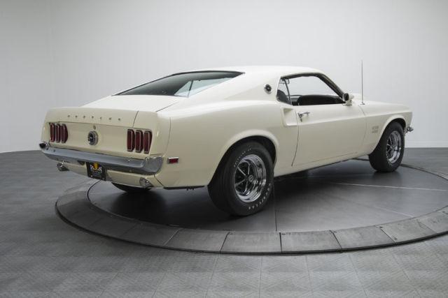 1969 ford mustang boss 429 4 miles wimbledon white fastback 429 v8 4 speed manua. Black Bedroom Furniture Sets. Home Design Ideas