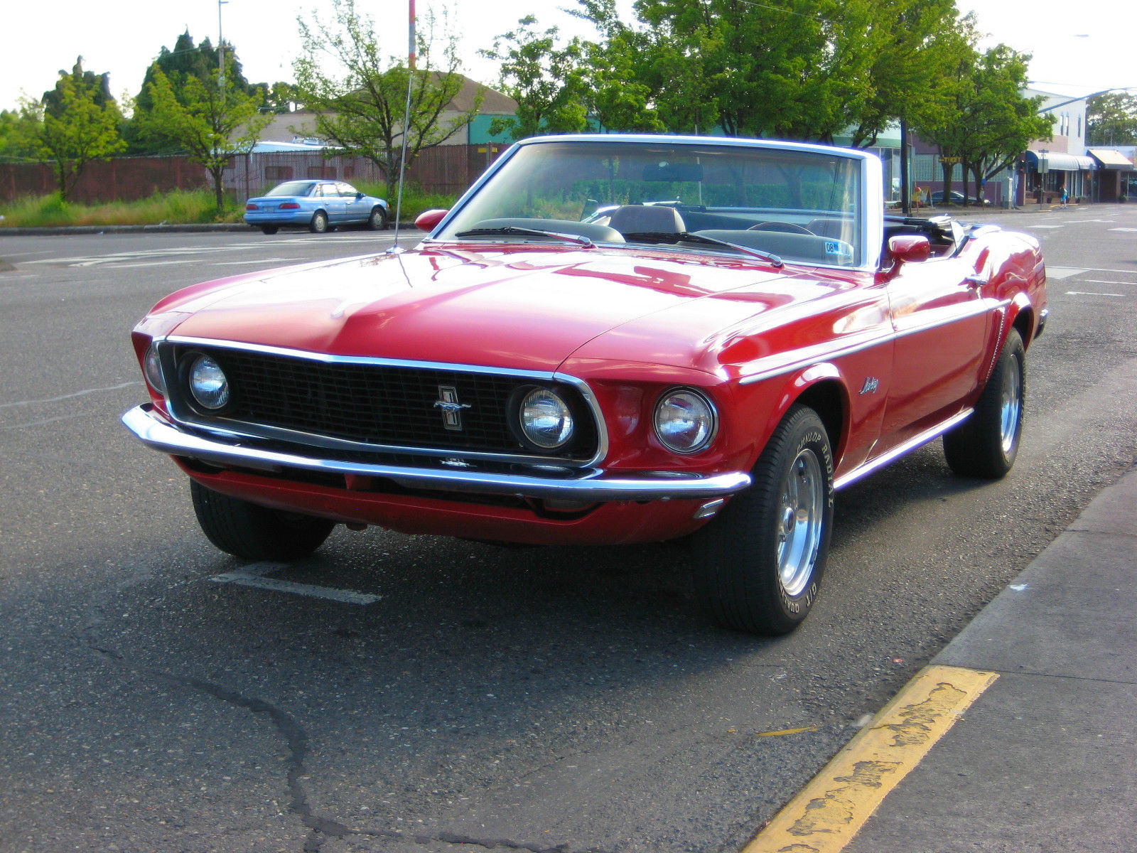 1969 ford mustang convertible 302 v8 4 barrel 4 11 rear end a true classic. Black Bedroom Furniture Sets. Home Design Ideas