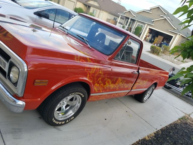 1970 chevy c10 long bed lowered strong 350