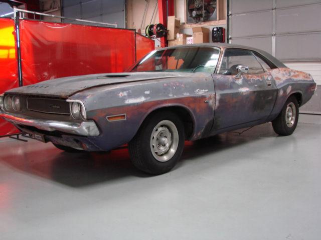 1970 Dodge Challenger Plum Crazy 383 4 Speed Project Car