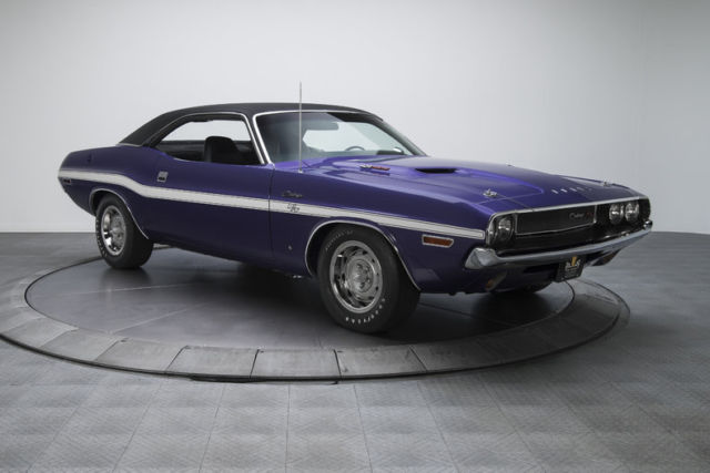 1970 dodge challenger r t 36199 miles plum crazy hardtop 426 hemi v8 4 speed man. Black Bedroom Furniture Sets. Home Design Ideas