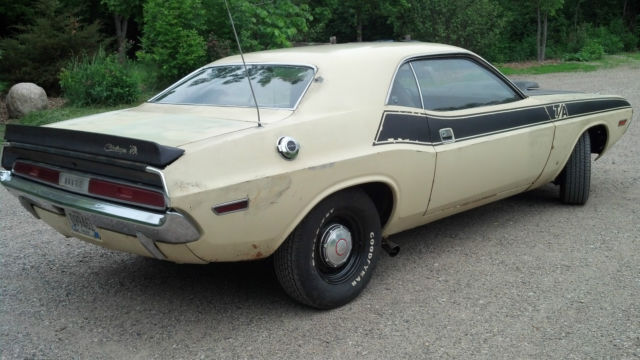1970 dodge challenger ta matching s runs and drives great t a original. Black Bedroom Furniture Sets. Home Design Ideas