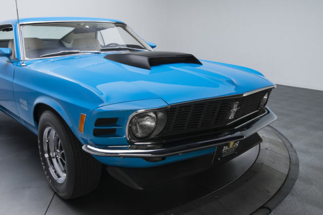 1970 ford mustang boss 429 25920 miles grabber blue fastback boss 429 v8 4 speed. Black Bedroom Furniture Sets. Home Design Ideas