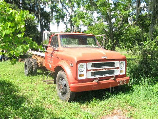 1970 gmc medium duty truck cab and chassis 10 181 miles for sale in
