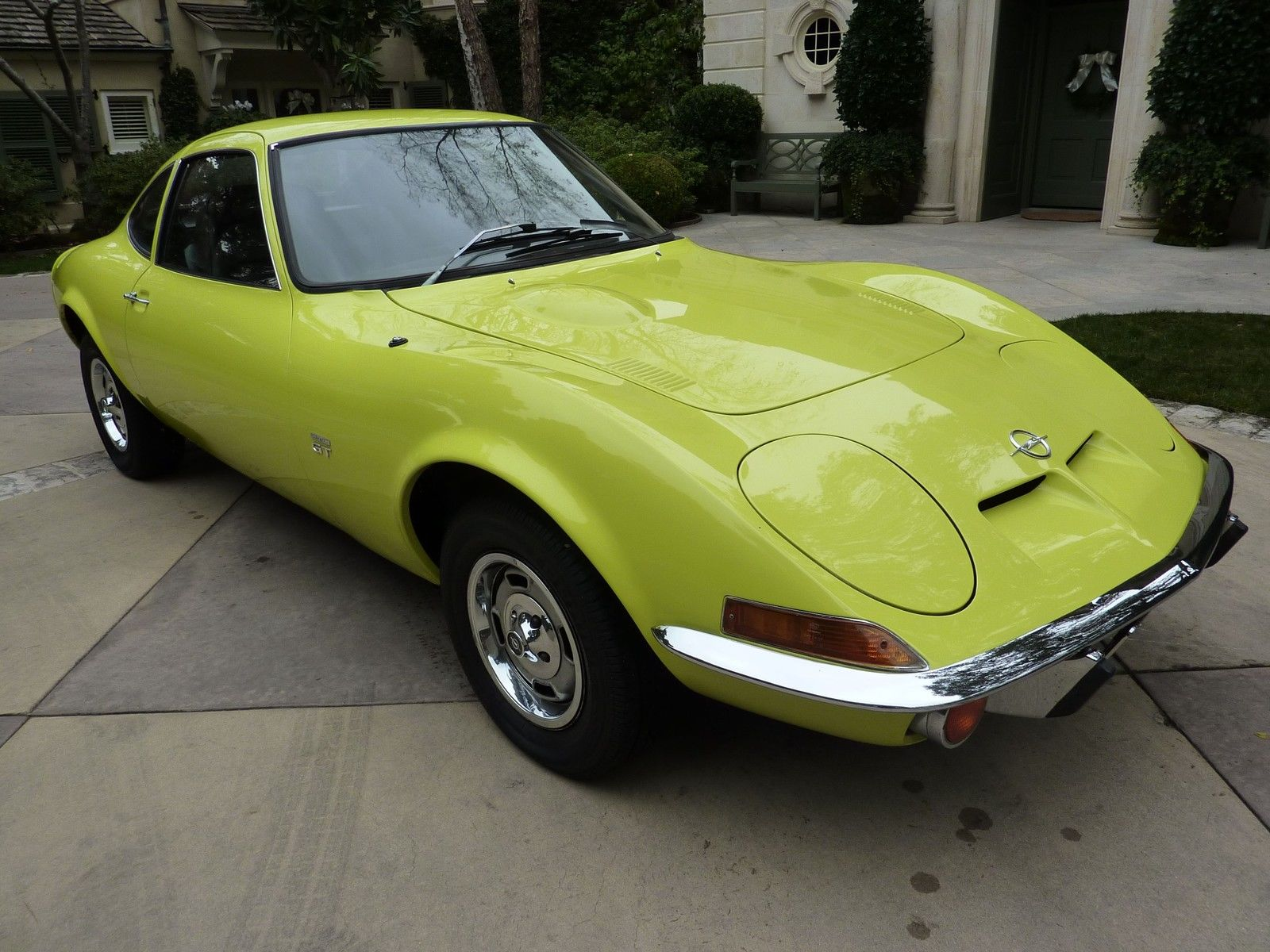1970 opel gt coupe with rare air condition original one owner car 76000 miles. Black Bedroom Furniture Sets. Home Design Ideas