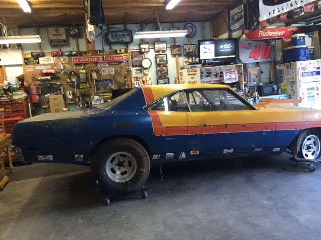 1970 Plymouth Road Runner B Body Drag Car Barn Find Mopar 4 Speed