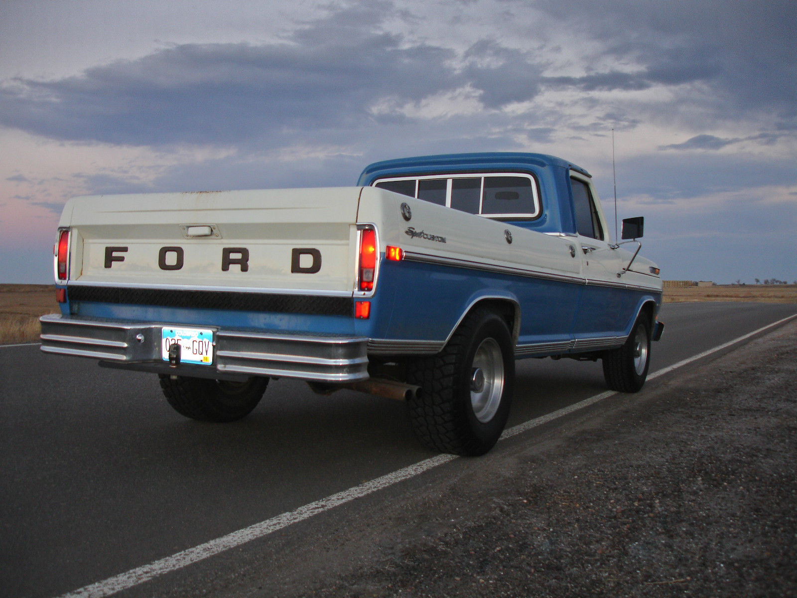 1971 ford f 250 sport custom vintage truck. Black Bedroom Furniture Sets. Home Design Ideas
