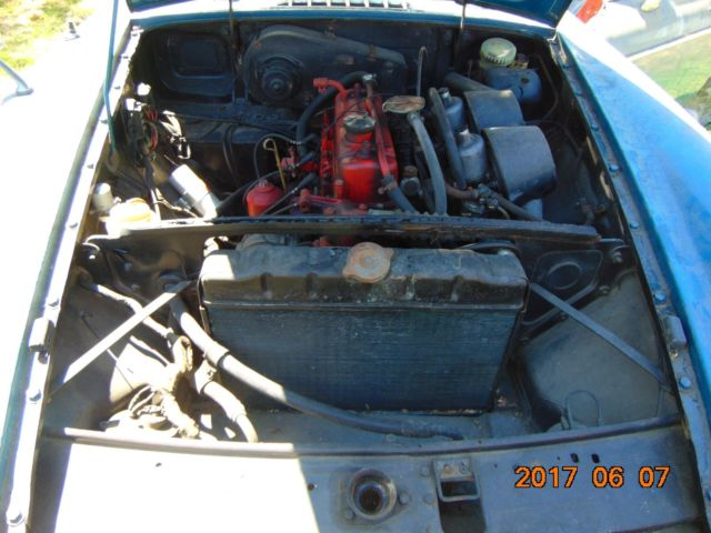1971 mgb 1969 mgb barn finds plus complete motor trans for Motor city barn finds