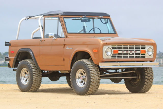 1972 ford bronco 302 v8 with automatic fun beach cruiser. Black Bedroom Furniture Sets. Home Design Ideas