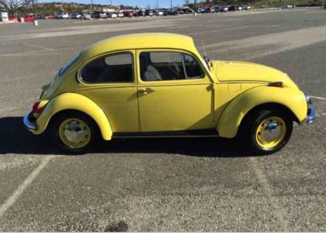 1972 Volkswagen Super Beetle Sedan Yellow Automatic Stick Shift