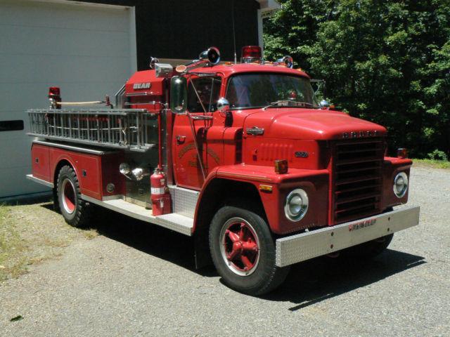 1973 Dodge C 800 Fire Truck 413 Gas 27240 Actual Miles